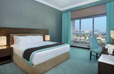 2_Bedroom_Suite_-_King_Room_(1).jpg